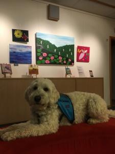 Glada målagängets tavlor är så fina, man blir glad av dem!