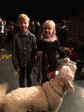 Oskar och Klara från lördagens publik, gav Charlie en godispåse =)
