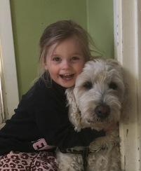 Milia och Charlie <3 I maj fyller Milia 3 och Charlie 4 år. Milia var hos Charlie och mig medans Saga hängde med husse till golfbanan.