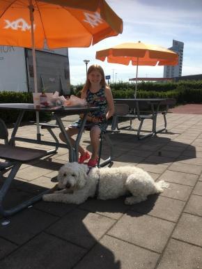 Linnea och Saga, bra miljö och passivitetsövning