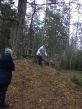 Aktivitet på kullen, hoppa över, krypa under