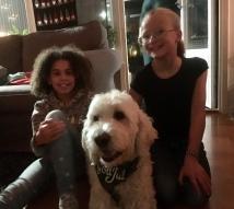 Charlie med sina Halmstad- Annisar, Tindy och Klara